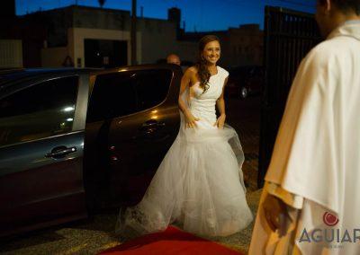 Novia llegando a la boda